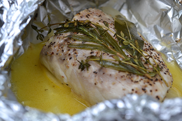 how to cook whole fish in the oven in foil